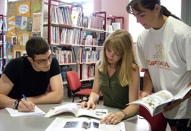 Free school support associations