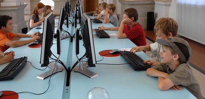 Can the internet be an effective support for school accompaniment?