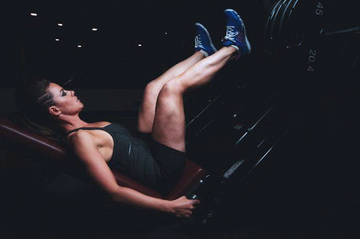 Muscle your legs with your training