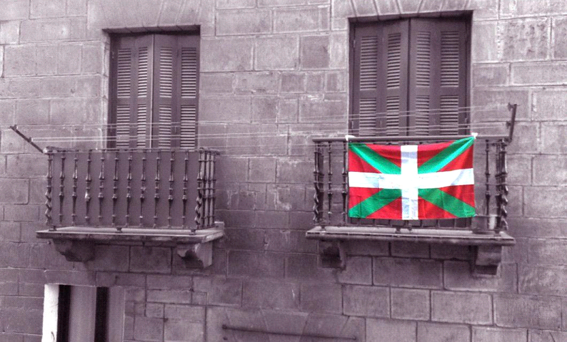 Discover Basque from the hand of a Basque teacher